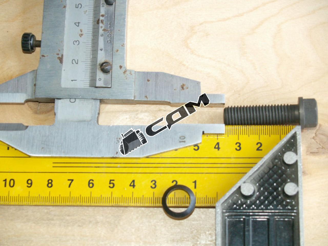 Болт с шайбой верхней крышки механизма переключения передач Fuller М10х35 HOWO