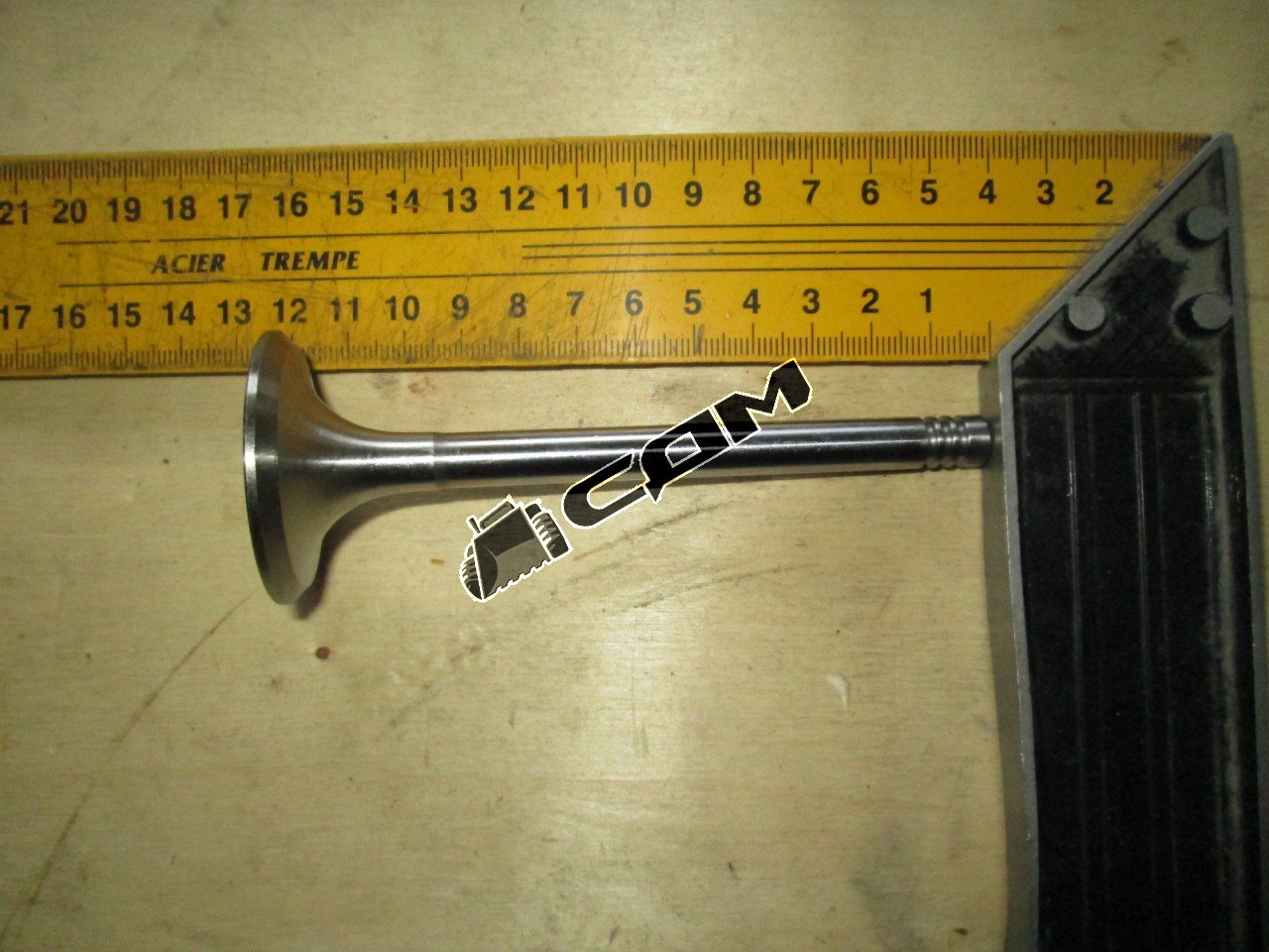 Клапан впускной TD226B-6G  12159606